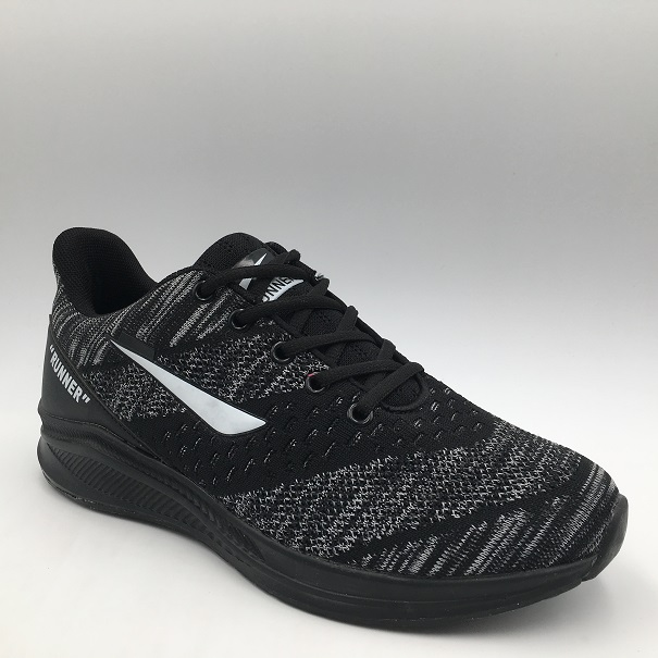 Wholesale Popular Flyknit Man Sneakers Sports Running Shoes