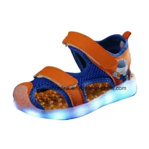 New Style Casual Children′s LED Light Rechargeable Shoes
