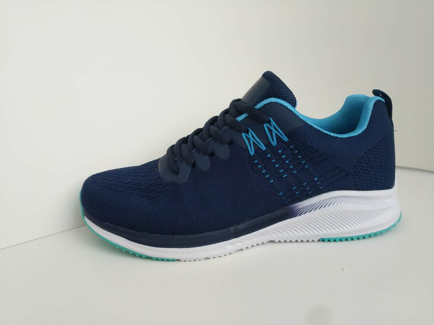 Sport Shoes Ladies Supplier From China